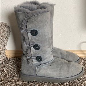 UGG 3 button boots